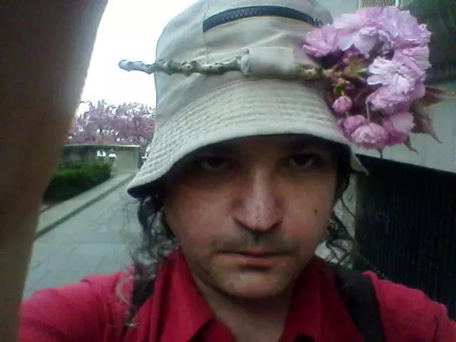 Bloom-me
