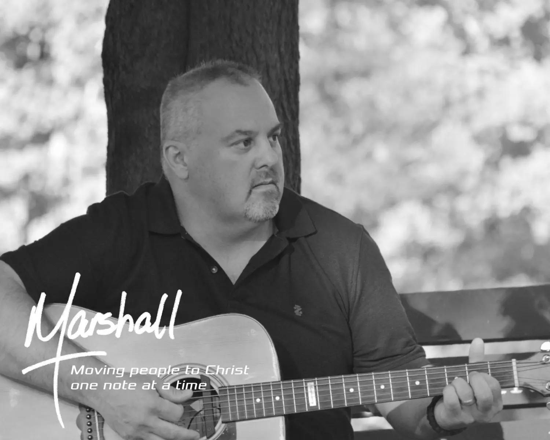 Marshall-BW